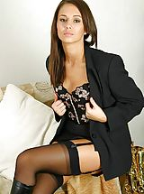 Promotional gallery for Louise L with samples from some of her sets.